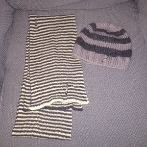 Holden snowboard beanie hat and scarf pants